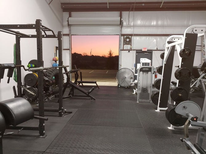 Gym Equipments for Fitness Training Jacksonville at Lee Banks Fitness Enterprises LLC