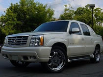 SUV Polish Toronto by Rambo Car Care