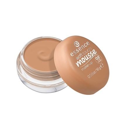 Essence - ess. mousse make up 02